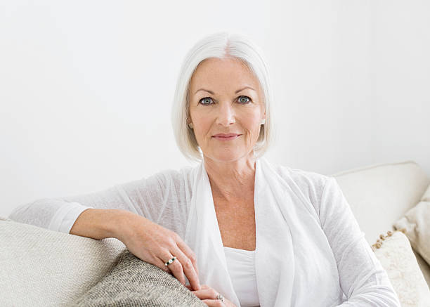 Makeup Tips For Mature Faces - Feisty Side Of 50-3651