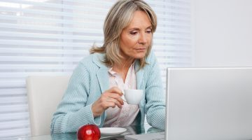 Making an Additional Income Online: How to Differ Real Jobs from Scams